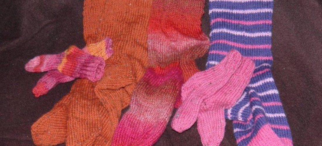 Chaussettes, bonnets, écharpes, …