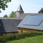 gite-ecolo-bebe-bretagne-chaufferie-toits