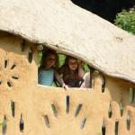 gite-ecolo-bebe-bretagne-enfants-famille-aire-jeux-cabane-2524q50