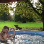 gite-ecolo-bebe-bretagne-enfants-famille-spa-jacuzzi-whirlpool-4q50