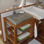 gite-ecolo-bebe-bretagne-famille-fournil-lavabo-table-langer-3223116