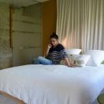 gite-ecolo-bebe-bretagne-fournil-chambre-douche-accessible-1375q50
