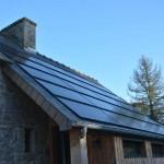 gite-ecolo-bebe-bretagne-fournil-toit-photovoltaique-3014q50