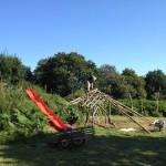 gite-ecolo-bebe-bretagne-lavilleheleuc-cabane-jeux-debutcharpentecabane-img_2242
