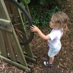 gite-ecolo-bebe-bretagne-lavilleheleuc-teste-pour-vous-jardins-broceliande-IMG_7933